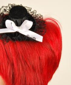 Liten hatt (vit rosett)